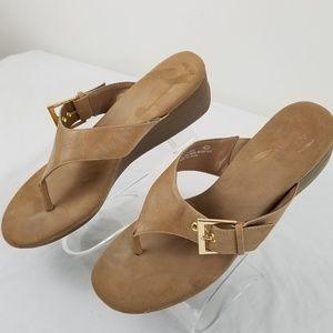 Aerosols Heel Rest 9m sandals